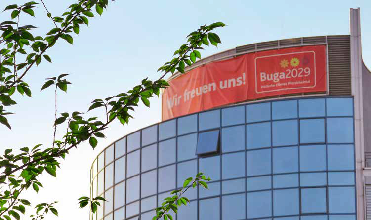 Wir freuen uns! BUGA2029 – Transparent am Koblenzer MedecoCenter. (Foto: Piel media)