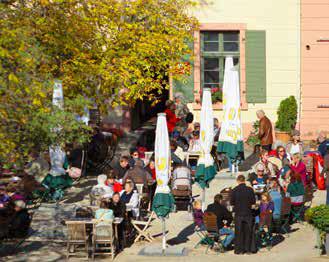 Touristische Attraktionen, neue Ikonen, wie hier die Gastronomie in der Festung Ehrenbreitstein. (Foto: Piel media)