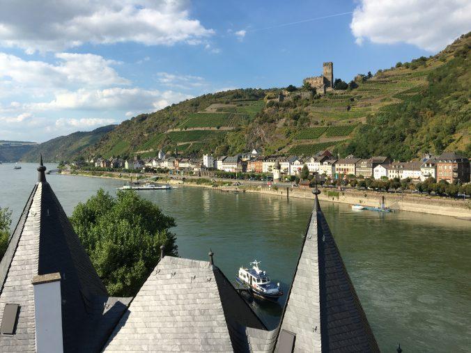 Wandern am Mittelrhein: Ausblick in Kaub. (Foto: Marcus Schwarze)