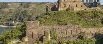 Die Burg Rheinfels auf der linken Rheinseite oberhalb von St. Goar. (Foto: Phantom3Pix/CC-BY-SA 4.0)