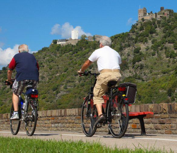 Radfahrer am Mittelrhein