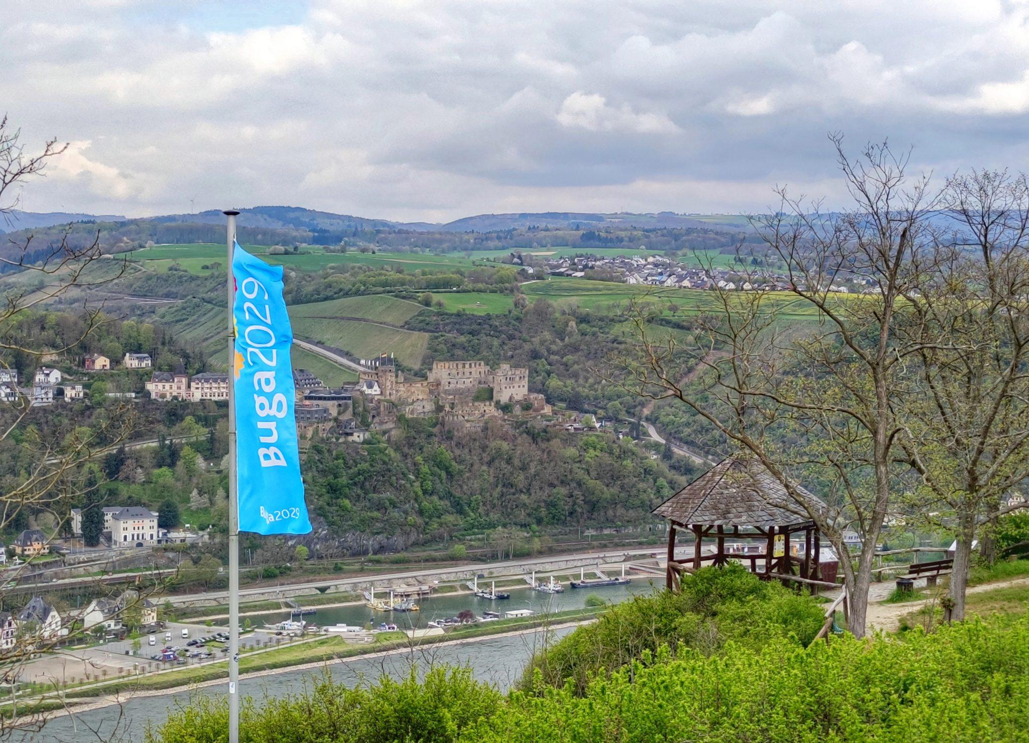 BUGA-Fahne Dreiburgenblick